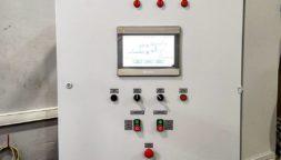 Шкаф управления с панелью оператора для системы водоподготовки